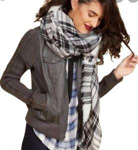 MODCLOTH TARTAN Blanket scarf